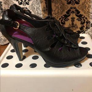 🛍 Madden Girl Black High Heels